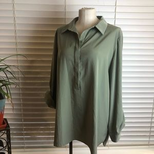 Chico's | Olive green top. Size 16